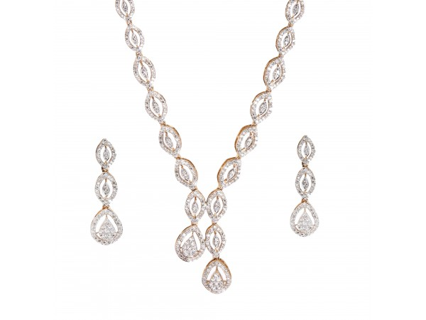 The Ayoka Diamond Necklace Set