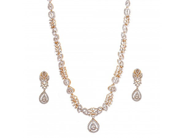 The Aada Diamond  Necklace