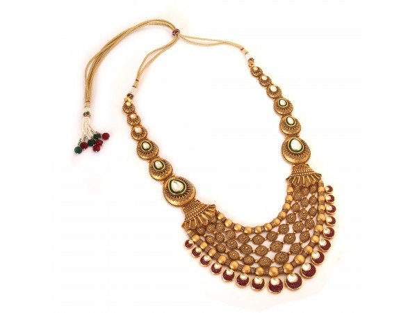 The Flair Gold Necklace Set