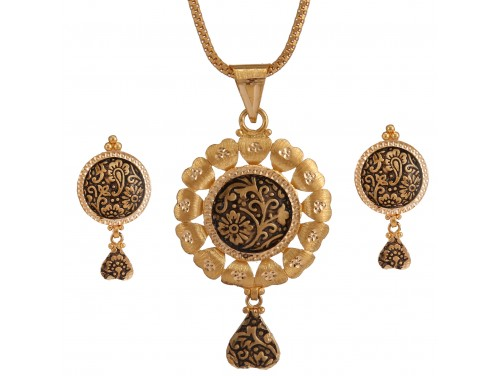 Designer Gold Locket Set