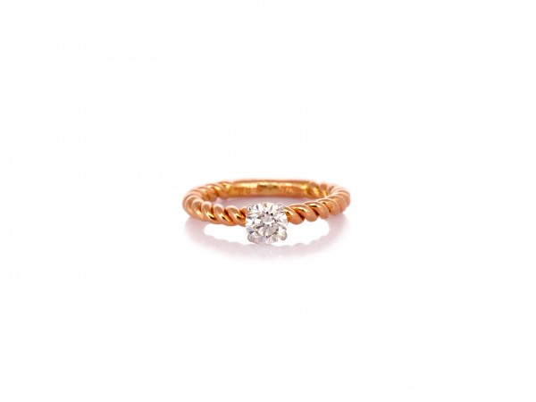 The Bemot Diamond Ring